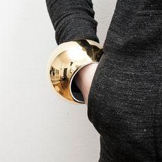 Spherical Porecelain Bracelet