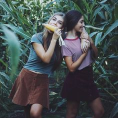 Best friends photography idea