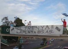 CRÓNICA FERROVIARIA: La Plata sin tren: vecinos reclamaron respuestas s...