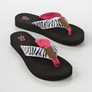 you can never have too many flip flops or bikinis I always say....