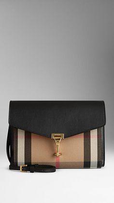 Burberry Small House Check And Leather Crossbody Çanta - Siyah Burberry Handbags, Chanel Handbags, Black Handbags, Burberry Bags, Luxury Bags, Luxury Handbags, Vuitton Bag, Small Bags, Leather Crossbody Bag