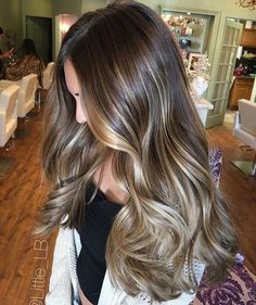 87 unique ombre hair color ideas to rock in 2018 - Hairstyles Trends Hair Color Pink, Hair Color And Cut, Cool Hair Color, Color Red, Hair Color Highlights, Hair Color Balayage, Blonde Balayage, Soft Balayage, Sombre Hair