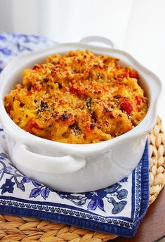 Spicy Roasted Vegetable Macaroni and Cheese: broccoli, yellow squash, carrots, whole wheat elbow noodles, garlic clove, all-purpose flour, milk, sharp cheddar cheese, red pepper flakes, salt and pepper, panko breadcrumbs.