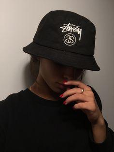 "sassycybr: ""frxsslord-fashion: "" street-style + fashion @ frxsslord-fashion "" ✨SA$$Y✨ """