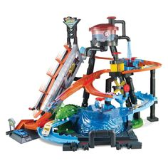 The Hot Wheels Ultimate Gator Car Wash provides hours of storytelling fun with sensory water play and magical colour change transformations! Try to escape th. Voitures Hot Wheels, Hot Wheel Autos, Carros Hot Wheels, Used Cars Movie, Car Buying Tips, Toys R Us Canada, Hot Wheels Cars, Lego Minecraft, Car Cleaning