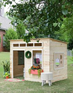 This is the cutest playhouse EVER! Jen Woodhouse and Simpson Strong-Tie DIY team up.  http://jenwoodhouse.com/kids-indoor-playhouse/