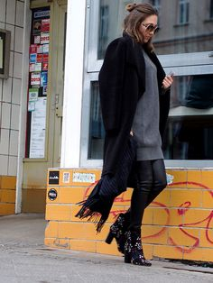 #statementboots #boots #isabelmarant #leather #coats #trends #winter #ootd #streetstyle #fashionblogger #helloshopping #vogue #instyle #madame #brocade #effortless #sophisticated