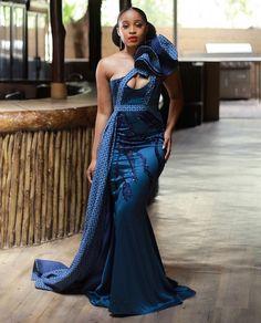African Maxi Dresses, African Fashion Ankara, African Dresses For Women, African Print Fashion, Ankara Gowns, African Outfits, African Prints, African Print Wedding Dress, African Wedding Attire