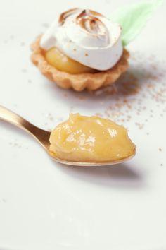 lemon curd meringue tartlets