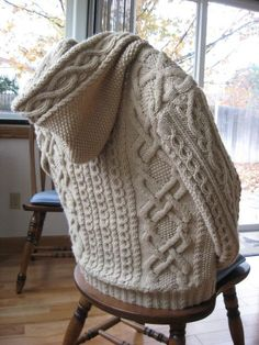 Gorgeous hooded, cabled cardigan pattern!