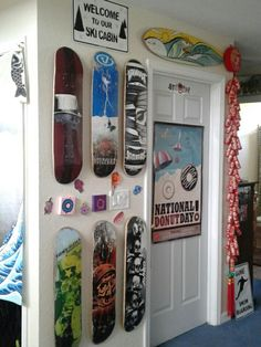 Skater entrance #skateboard #sk8life #decks #wallhangers #entrance #decor Skateboard Furniture, Entrance Decor, Decks, Bottle Opener, Hanger, Wall, Clothes Hanger, Front Porches, Clothes Hangers