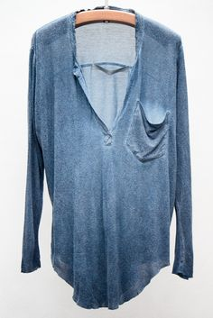 Indigo Wash Henley Clothes for the road Looks Style, Style Me, Look Fashion, Fashion Outfits, Fashion Women, Passion For Fashion, Lounge Wear, Autumn Winter Fashion, Dress To Impress