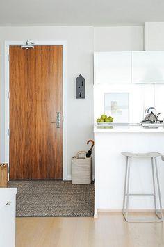 False Creek Condo by After Design | HomeAdore