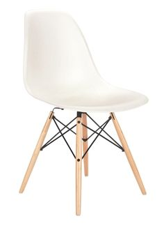 Eames Molded Plastic Side Chair in white with wooden dowel base - I'd love to change my Skovby chairs in theese instead!