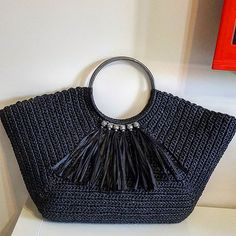 We are here again with the beautiful crochet bag models made by the ingenious housewives Youll find great bag design ideas for special nights or everyday use You can also. Crochet Handbags, Crochet Purses, Crochet Bags, Diy Crafts Knitting, Diy Crafts Crochet, Baby Fan, Diy Handbag, Custom Bags, Knitted Bags