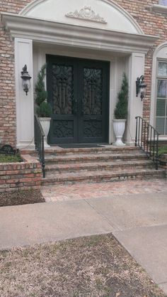 I want one of these as my front door!!!