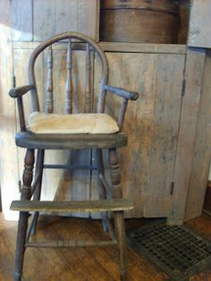 Primitive high chair~gonna do this if the old wooden chair is still in storage at the shop! Primitive Furniture, Primitive Antiques, Country Furniture, Country Primitive, Antique Furniture, Vintage Antiques, Primitive Decor, Prim Decor, Country Decor
