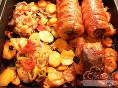Szilveszteri bőség tepsi My Recipes, Beef Recipes, Hungarian Recipes, Hungarian Food, Paella, Shrimp, Sausage, Pork, Food And Drink