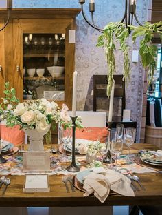 Ready to start planning your wedding? Crate and Barrel Wedding Registry Expert Coartney Zimmerman answers a few of your wedding registry questions while giving you an inside look at some of our recent Private Registry Events in McLean, VA and Pittsburgh.
