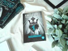 Effi reads: Kurzrezension: Verdammtes Königreich (Kings & Fool...