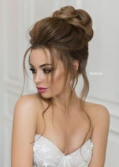 Featured Hairstyle: Elstile www.elstile.com; Wedding hairstyle idea.