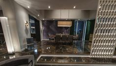 Image from http://fiftyshadesofgreyideas.com/wp-content/uploads/2015/02/apartment-mr-grey-fifty-shades-of-grey-interior-decoration-movie-scenes.png.