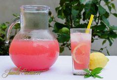 Limonada cu pepene rosu, foarte racoritoare si delicioasa pe care s-o consumam cu pofta in zilele fierbinti de vara. Exista foarte multe retete de limonada,
