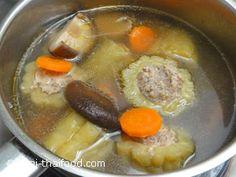 ต้มจืดมะระยัดไส้เคี่ยวจนได้ที่ Melon Soup, Bitter Melon, Pot Roast, Ethnic Recipes, Food, Carne Asada, Roast Beef, Essen, Meals