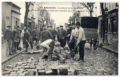 Paris Under the Waters: Workers aplenty, 1910