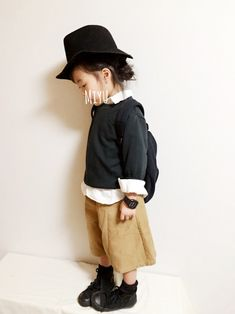 miyuuu.さんのコーディネート Baby Outfits, Kids Outfits, Young Fashion, Girl Fashion, Tokyo Fashion, Baby Kids Clothes, Baby Shirts, Stylish Kids, Kid Styles
