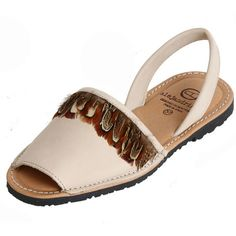 ALEJANDRINAS Delhi Avarcas Sandals - Beige ($86) ❤ liked on Polyvore featuring shoes, sandals, beige, beige sandals, feather sandals, rubber sole shoes, feather shoes and beige shoes