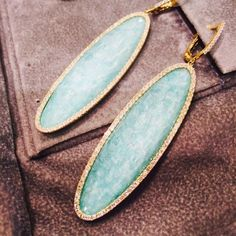 Kicking off the weekend with a pair of our bold #Amazonite earrings! [ref. E5710AZ]