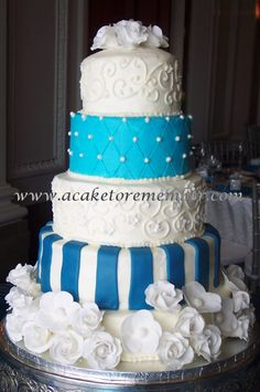 "instead of fondant flowers I would incorporate ""real"" white flowers. White Cakes, Blue Cakes, Purple Wedding Cakes, Blue Wedding, Dream Wedding, Gorgeous Cakes, Pretty Cakes, Blue White Weddings, Wedding Cake Inspiration"