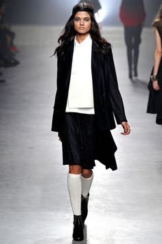 FALL 2013 READY-TO-WEAR  Maiyet