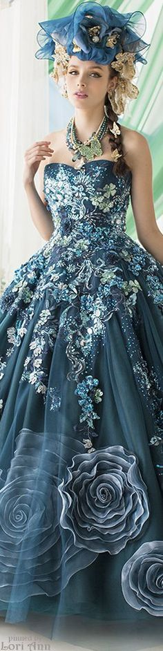 Stella de Libero embroidered teal gown and complementing hat. Beautiful Gowns, Beautiful Outfits, Fairytale Dress, Fantasy Dress, Dream Dress, Couture Fashion, Pretty Dresses, Ball Gowns, Evening Dresses