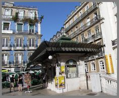 Avenida da Liberdade Kiosk, Lisbon, Gazebo, Street View, Architecture, Lisbon Portugal, Antique Photos, Liberty, Places