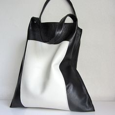 Leather Tote bag / medium shopper Rinarts  in black and white handmade by rinarts