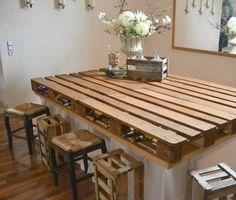 Aus Europaletten eine Kücheninsel oder improvisierten Tisch bauen