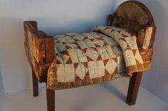 Antique country wallpaper doll bed calico quilt on a rustic home-made bed. Old Quilts, Antique Quilts, Small Quilts, Mini Quilts, Vintage Quilts, Antique Toys, Baby Quilts, Crib Quilts, Vintage Beds