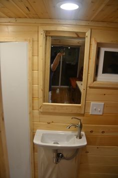 cranberry-tiny-house-9