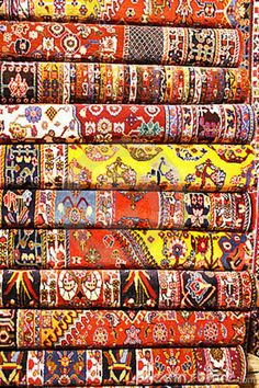 red persian rug interior | Persian carpets (Iranian carpets and rugs)