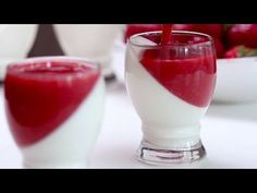 Strawberry Panna Cotta :: Home Cooking Adventure