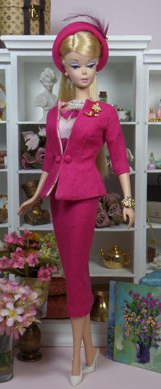 Silkstone BArbie doll inSAMSUNG CAMERA PICTURES