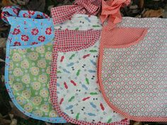 pocketed apron trio
