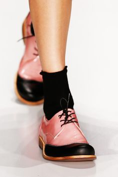 ,,,dear god yesss! pink and black lace up oxfords popped with a sock!