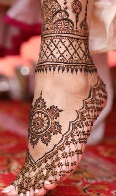 90 Beautiful Leg Mehndi Designs for every occasion - Sprüche - Henna Designs Hand