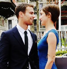 Theo James and Shailene Woodley- the way they look at each other
