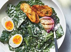 Creamy Kale Caesar Salad with Soft-Boiled Eggs Recipe - Cooking Light Classic Caesar Salad, Kale Caesar Salad, Kale Salad Recipes, Healthy Recipes, Healthy Breakfasts, Healthy Options, Veggie Recipes, Healthy Meals, Cooking Light Recipes