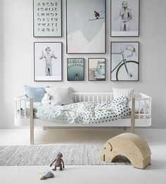 Absolutely love this image by @vissevasse! Doesn't this @oliverfurniture bed look divine in this scandinavian styled room? #kidsroom #kidsdeco #boysroom #girlsroom #kinderkamer #kinderkamerstyling #kinderkamerstylist #barnrum #barnruminspo #childrensinteriordesign #vissevasse #jongenskamer #meisjeskamer