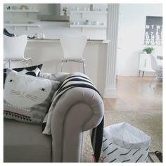Pillow .....Kenziepoo Home